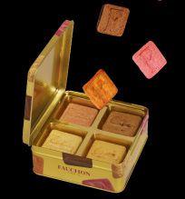 Carrés épurés, juste habillés du monogramme, les biscuits F sont l'accord parfait entre beurre frais, farine de froment de grande qualité, œufs bretons extra frais. #Biscuits