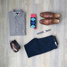 If you must wear argyle, keep it to the socks. Shirt: @bananarepublic Pants: @frankandoak Belt: @gap Socks: @noblestitch Shoes: @colehaan Watch: @timex