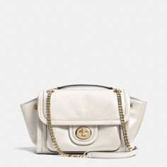 The Ranger Flap Crossbody In Leather from Coach, another present I got to go with the Coach wallet. Love Coach!