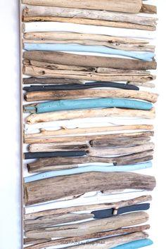 Diy Coastal Decor - Painted Driftwood Wall Art Drift Wood Craft Project Lake House Or Cottage Decorating Idea Cheap Driftwood Decor Painted Driftwood, Driftwood Wall Art, Driftwood Projects, Driftwood Furniture, Driftwood Ideas, Diy Dorm Decor, Diy Wall Decor, Art Decor, Seaside Art
