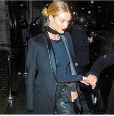 """ Rosie & Jason enjoyed a date night at Japanese restaurant in London on January 29 "" Rosie And Jason, Tuxedo Jacket, Rosie Huntington Whiteley, All About Fashion, Dress Me Up, Supermodels, Celebrity Style, Celebs, Street Style"