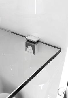Kubic – a unique Italian designed and manufactured locking shelf support for glass shelves Chrome plate finish Suits glass shelves thick Tool-less clamping Tools Hardware, Cabinet Hardware, Glass Shelf Supports, Glass Shelves Kitchen, Plastic Clips, Cabinet Making, Chrome Plating, Industrial Furniture, Bathroom Wall