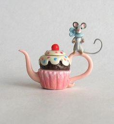 Miniature Wee Mouse Cupcake Teapot