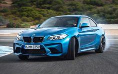 La #BMW #M2 arrive ! Sélectionnée parmi les 10 voitures les plus attendues de 2016, les autres à découvrir ici : http://www.lyonaumasculin.com/2016/10-voitures-attendues.html