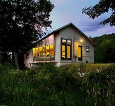 Stunning Eco Modernist Lakehouse - Get $25 credit with Airbnb if you sign up with this link http://www.airbnb.com/c/groberts22
