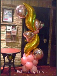 Foil and latex balloon column. Balloon Flowers, Red Balloon, Balloon Wall, Balloon Bouquet, Balloon Arrangements, Balloon Centerpieces, Balloon Decorations, Balloon Stands, Balloon Display