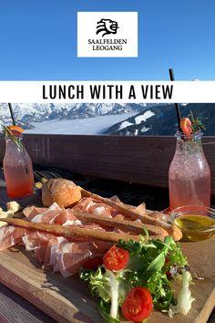 Man muss nicht zwingend Skifahren gehen, um auf einer Hütte im Skigebiet Mittagessen zu können. Die Hütten am Asitz in Leogang sind alle mit der Asitzbahn erreichbar und die Forsthofalm sogar mit dem Auto. Mahlzeit! Restaurant, Skiing, Beef, Food, Ski, Eat Lunch, Meal, Meat, Diner Restaurant