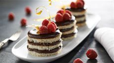 Deluxe tortičky Lidl, Fabulous Foods, Sweet Recipes, Tiramisu, Cheesecake, Food And Drink, Baking, Breakfast, Ethnic Recipes