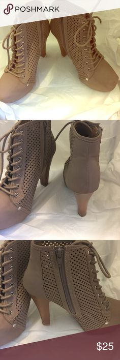 Women's Tan Bootie with Tie Up Strings / Platform Great Find for a comfortable look and trendy feel ! Women's Tan Bootie with Platform to assist with the 3 .5 inch heel - very comfortable for the non-heel wearer Shoes Ankle Boots & Booties