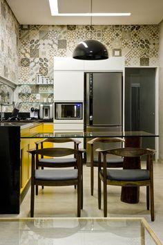 BRASILIA: BOX HOUSE BY STUDIO 1:1 ARQUITETURA DESIGN
