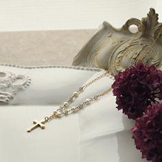 Elegant cross necklace   8,800yen