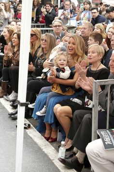 Oh My God Nothing Will Ever Be As Cute As Ryan Reynolds And Blake Lively With Their Kids