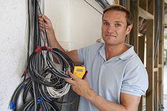 Nous Electricien electrode.fr somme engagé de vous donner des prestations garantis et moins cher. Nos électriciens sont des techniciens bien sélectionnée et qui ont des expériences concluant lors de leur stage ou de leur travail antérieur.