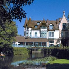 Moulin de Connelles  An elegant 19th century half-timbered manor house bathed in the light of the Seine valley, so beloved by the Impressionists artists.