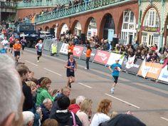 Service man Neil Guerin completes the #Brighton #Marathon for @BlindVeterans UK