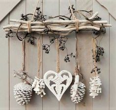 DIY & cottage seasonal decor & beautiful shabby chic Christmas decoration made with branches, pine cones and other natural materials & Love this idea! DIY & cottage seasonal decor & beautiful shabby chic Christmas decoration made w& Shabby Chic Christmas Decorations, Rustic Christmas, Xmas Decorations, Christmas Time, Christmas Wreaths, Cottage Christmas, Apartment Christmas, Shabby Chic Xmas, Christmas Branches