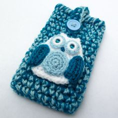 Blue white and teal owl iphone case