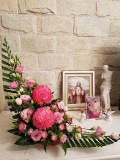 Ikebana, Church Flowers, Art N Craft, Floral Designs, Floral Arrangements, Diy And Crafts, Floral Wreath, My Arts, Wreaths