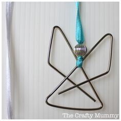 Paperclip Angels {via TheCraftyMummy.com}  #crafts #Christmas #angels #kids #beading