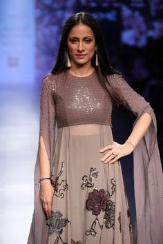 Neeta Lulla Lakme Fashion Week Summer Resort 2016 Indian Designer Outfits, Designer Dresses, Ethnic Fashion, Indian Fashion, Indian Dresses, Indian Outfits, Trendy Dresses, Fashion Dresses, Anarkali Dress