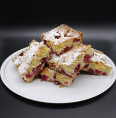 Raspberry cake from a tin - juicy, airy and delicious! - - Raspberry cake from a tin – juicy, airy and delicious! – Cake, child and cone - Mexican Dinner Recipes, Cuban Recipes, German Recipes, German Bread, Raspberry Cake, Latin Food, Sweet Cakes, Yummy Treats, Dessert Recipes