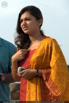 Nazriya Nazim Photos - Nazriya Nazim in Om Shanthi Oshaana Indian Film Actress, Indian Actresses, Nazriya Nazim, Mens Fashion Suits, Mens Suits, India People, Malayalam Actress, Hot Dress, Indian Fashion