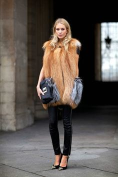 fur vest with you fav skinnies