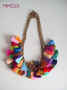 Five in One Rainbow Tassel Necklace por mimoza en Etsy