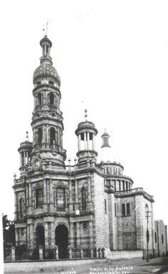 Templo de San Antonio (fototeca del Archivo General Municipal)