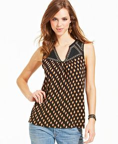 Global-inspired embroidery and geometric print makes this Lucky Brand top a boho-chic pick for casual style!