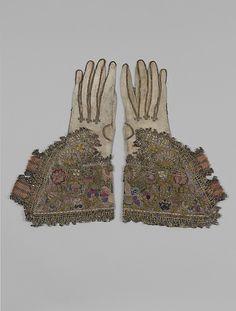 Pair of gloves.  British.  1st half 17th C.