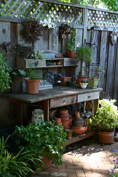 Beautiful Potting Bench