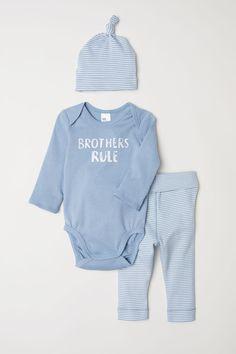 b622b9c88506c 75 Best Twin Outfits images   Twin outfits, Baby boy outfits, Baby ...