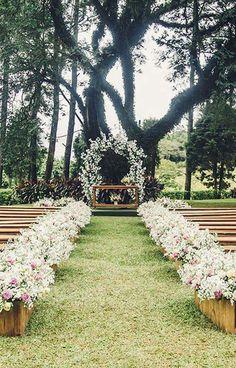 20 genius outdoor wedding ideas pinterest wedding venues doors pintrestamyvaporis0 rustic wedding signsa weddingwedding junglespirit Choice Image