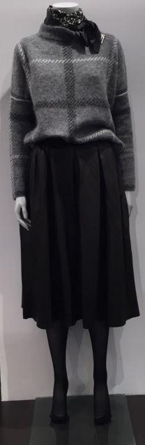 f482c900aff8 Efterårs look 2015   Juliefagerholt Silke tørklæde   ByMaleneBirger Strik