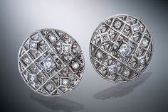 Double pattern with diamonds on two levels creates a tight an intricate design. Created by Christopher Duquet..