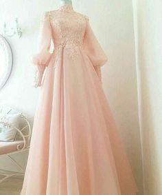 53 super ideas for dress prom hijab wedding gowns Tesettür Ayakkabı Modelleri 2020 Muslimah Wedding Dress, Muslim Wedding Dresses, Muslim Dress, Dress Wedding, Dress Muslimah, Muslim Fashion, Hijab Fashion, Fashion Dresses, Evening Dresses