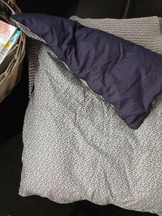 Homemade baby bed linen - baby sengetøj med usynlig lynlås.