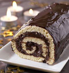 Bûche de Noël à la mousse au chocolat - Recettes de cuisine Ôdélices