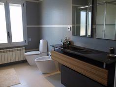 Baño - servicio estilo sobrio elegante y moderno.  Chalet en Urbanizacion en Venta en Golf, Rozas de Madrid, Las, Madrid