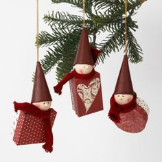 Mini boxes decorated with Vivi Gade paper, poly heads and knitted tube. Christmas Makes, Christmas 2016, All Things Christmas, Handmade Christmas, Christmas Crafts, Christmas Decorations, Xmas, Christmas Ornaments, Holiday Decor