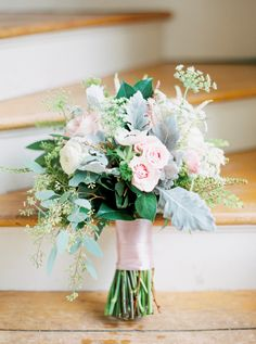 Wedding Day Flowers | Blush Bouquet | Savannah, Georgia | Photography by The Happy Bloom Fine Art Photography