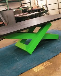 Love the way the black ash contrasts the lime green base! This table. Iron Furniture, Steel Furniture, Custom Furniture, Table Furniture, Furniture Design, Modern Desk, Modern Table, Luxury Dining Tables, Steel Coffee Table