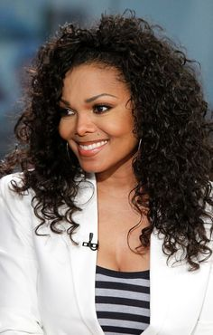 Janet Jackson Hairstyles: 37 Most Appreciated Hairdos ! Deep Curly, Short Curly Hair, Curly Hair Styles, Natural Hair Styles, Curly Girl, Wavy Hair, Janet Jackson, Teenage Hairstyles, Black Girls Hairstyles