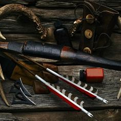 Compound bows for sale, Recurve Bows for sale and Longbows for sale.