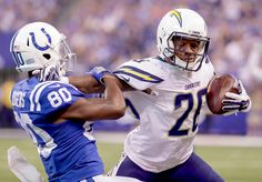 Stiff-armed : Best images from NFL Week 3
