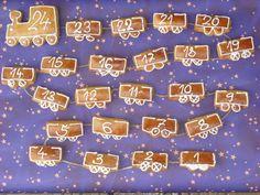 Hit letošních Vánoc: perníkový adventní kalendář - Modrý koník 9 And 10, Sprinkles, Candy, Christmas Ornaments, Food, Decorations, Christmas Jewelry, Eten, Dekoration