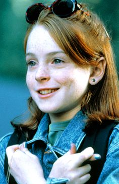 The parent Trap Lindsay Lohan Hallie style. Such a cute outfit.
