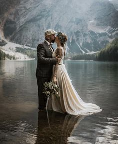 45 Couple Moments That Must Be Captured At Your Wedding wedding photo ideas couple moments must take kiss in water blitzkneisser foto Wedding Couple Photos, Bride And Groom Pictures, Wedding Couples, Wedding Pictures, Wedding Ideas, Wedding Themes, Wedding Decorations, Wedding Kiss, Elope Wedding