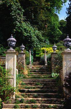 Bardford-on-Avon: Iford Manor